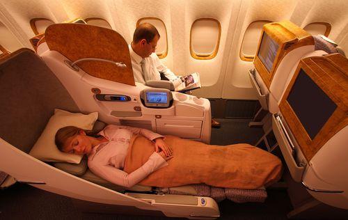 Lie-Flat-Seat-777112