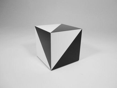 01_LowRez2 - ROCKMAN & ROCKMAN - MAGIC BOX - closed
