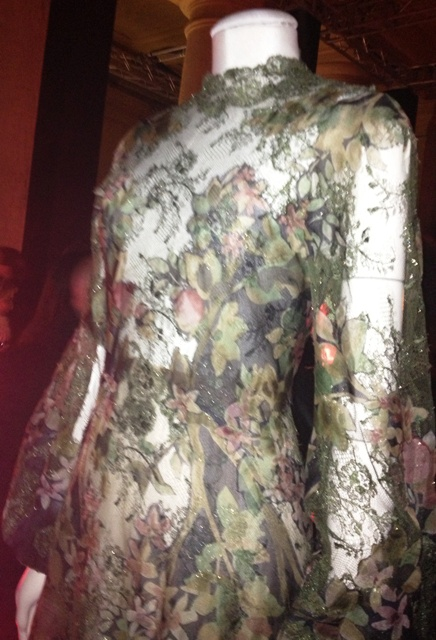 Endings 30 valentino haute couture