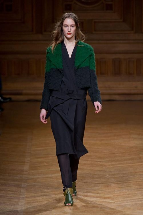 Christian-wijnants-autumn-fall-winter-2013-pfw15