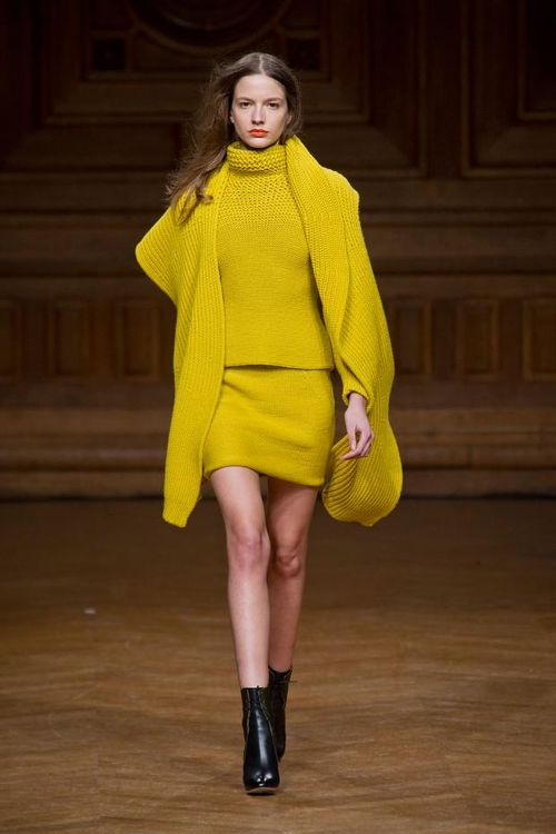 Christian-wijnants-autumn-fall-winter-2013-pfw7