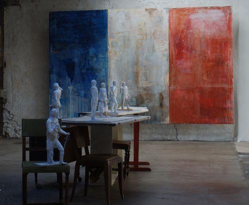 2 valery koshlyako installation  et la France fut leur mot de passe, 2013  espace Topographie, Paris DSC05128