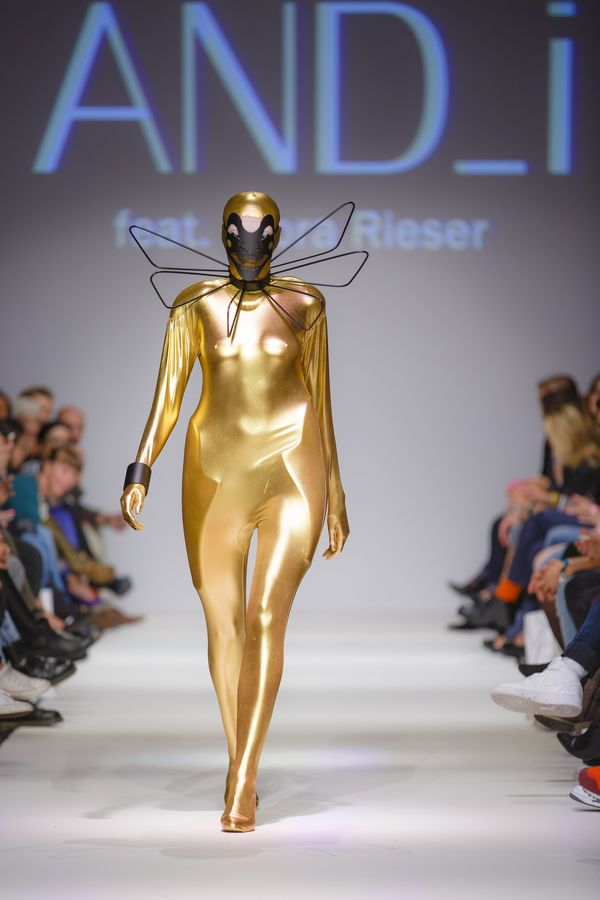 2013-09-14_MQVFW_22h_And_I_feat_Nora_Rieser_-6