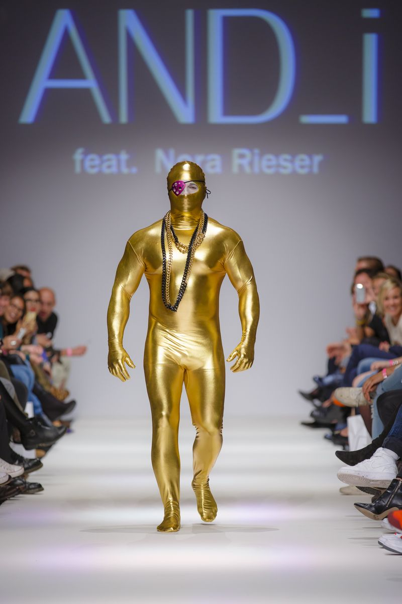 2013-09-14_MQVFW_22h_And_I_feat_Nora_Rieser_-2