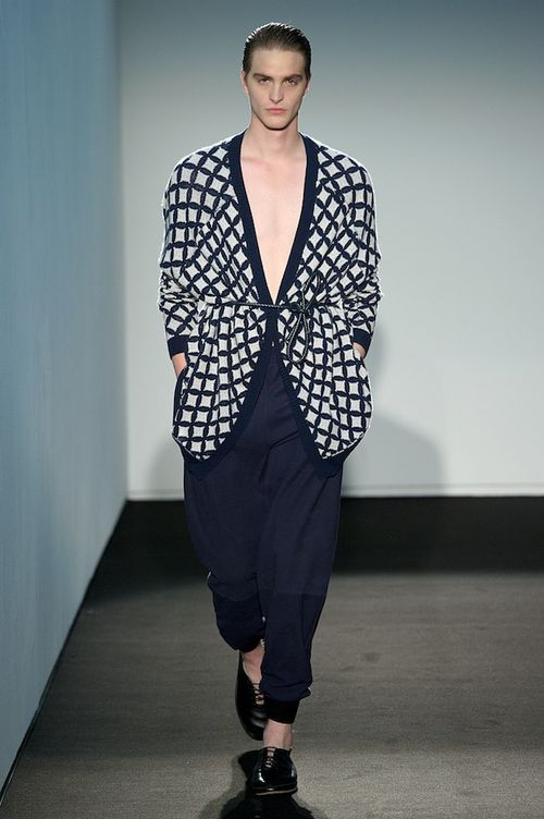 Allude_1066_ss14_PW