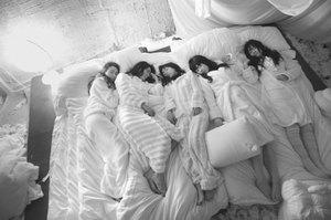 Sleeping_girls