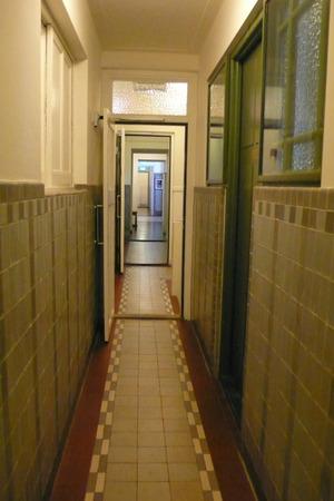 Lloyd_hallway