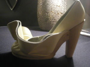Sacha_golden_heel_award_06