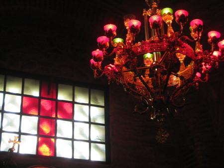 Church_chandelier