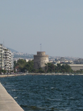 White_tower_and_bay_2