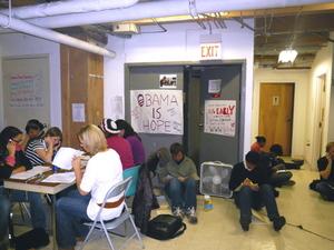 More_volunteers_on_the_floor