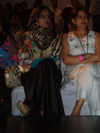 Front_row_3