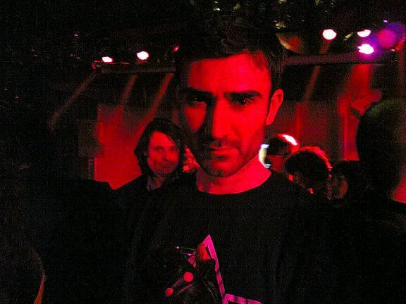 Sun 06/03/2005 00:08 Image(325)